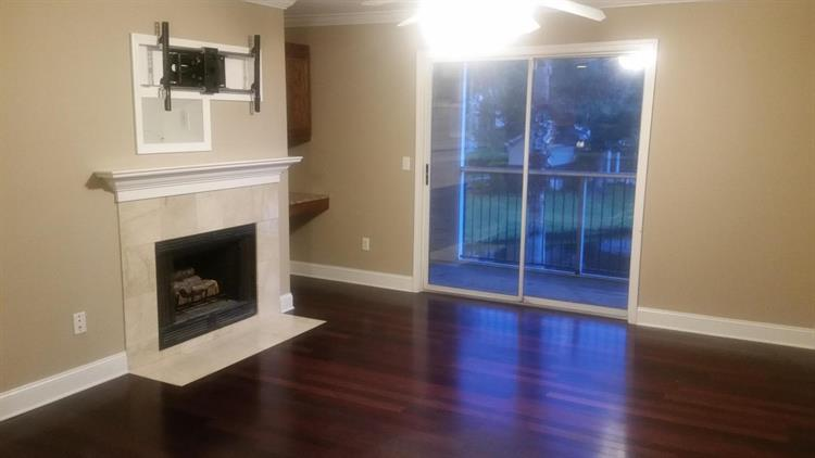2011 N Highway 17, Mount Pleasant, SC 29466
