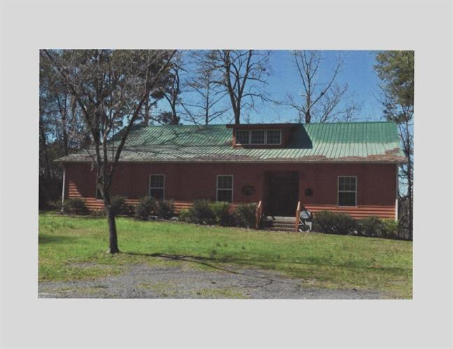 80 Fish Camp Road, Kingstree, SC 29556