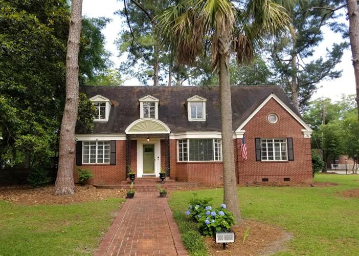 200 Ridge Street, Saint George, SC 29477