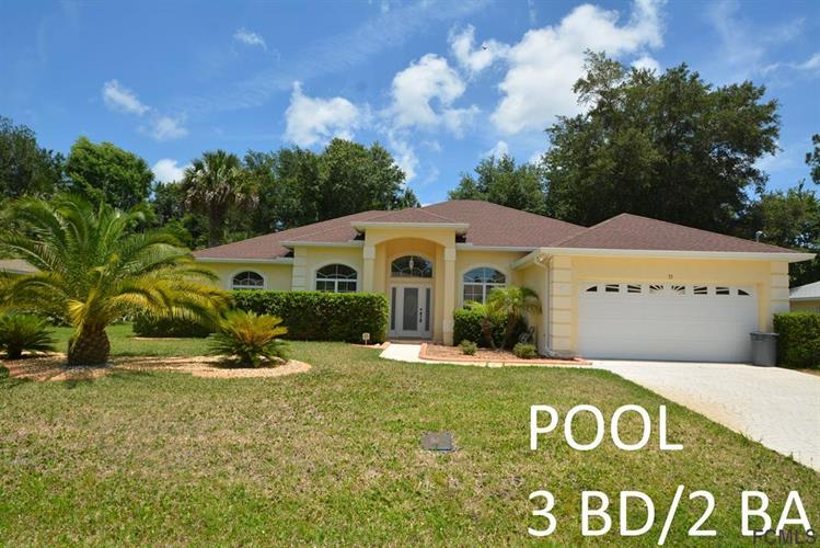 33 Round Tree Drive, Palm Coast, FL 32164