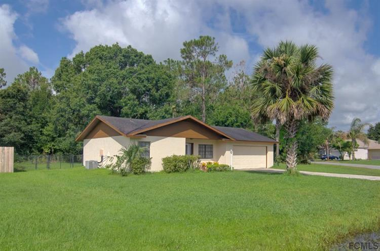 12 Princess Dolores Ln, Palm Coast, FL 32164 - Image 1