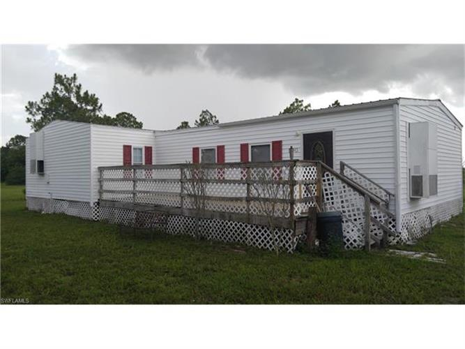 590 Vero AVE, Clewiston, FL 33440