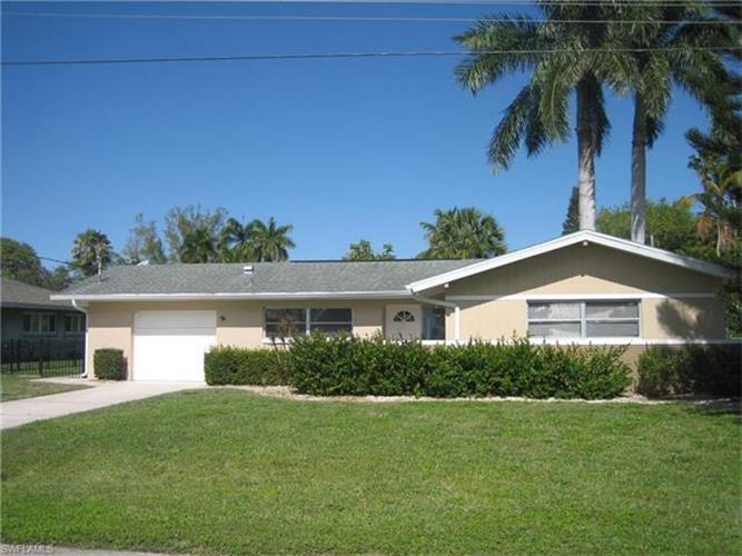 1031 Edgemere DR, Fort Myers, FL 33919