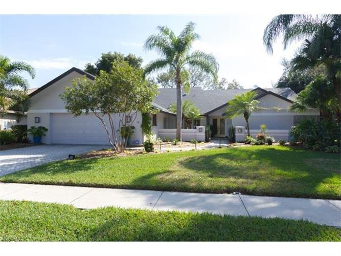 19 Winewood CT, Fort Myers, FL 33919