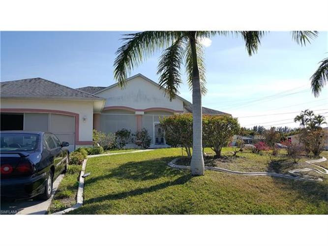216 SE 14th ST, Cape Coral, FL 33990