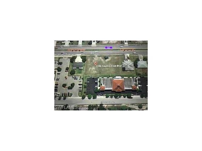 1106 Country Club BLVD, Cape Coral, FL 33990