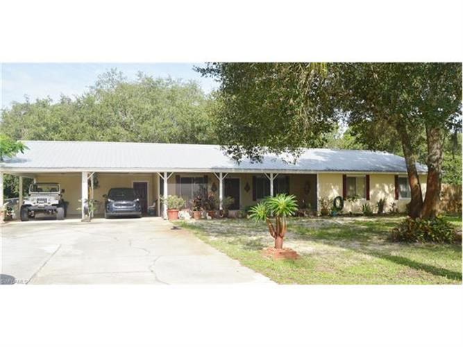 322 clay st labelle fl 33935 for sale mls 217050019