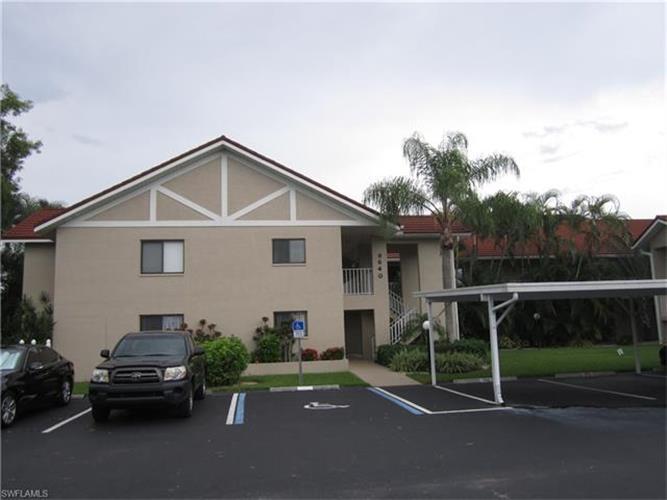 9640 Windsor Gardens Ln 101 Fort Myers Fl 33919 For Sale