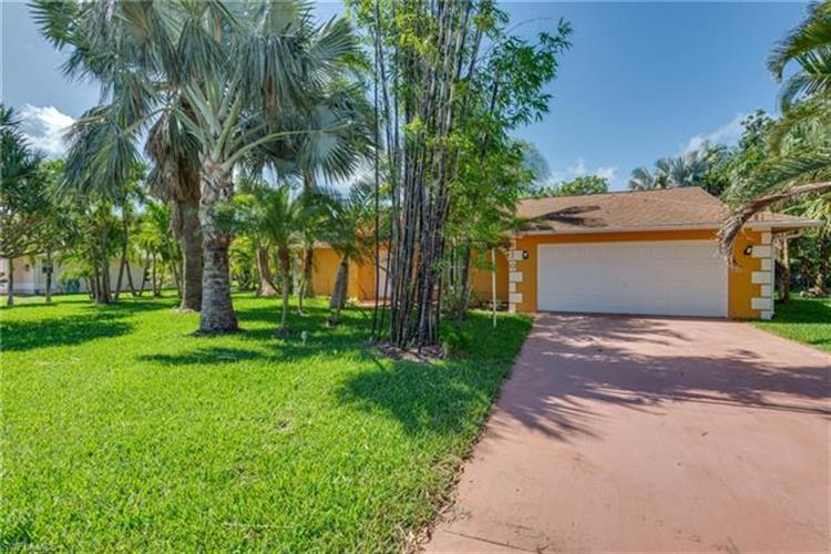 310 SE 29th TER, Cape Coral, FL 33904 - Image 1