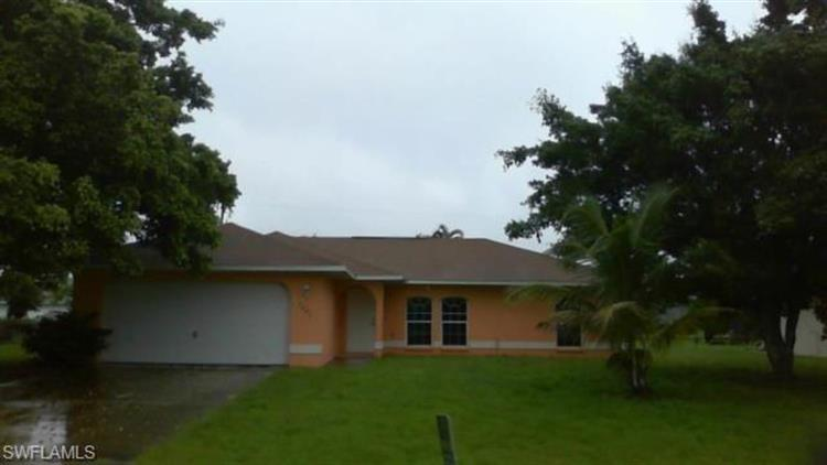 3627 SW 7th PL, Cape Coral, FL 33914