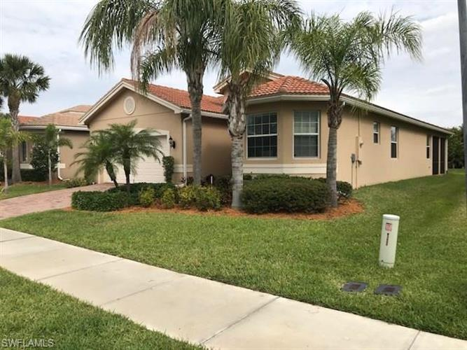 10177 Mimosa Silk DR, Fort Myers, FL 33913