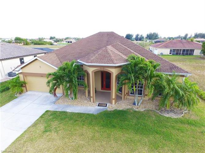 3326 NW 1st TER, Cape Coral, FL 33993