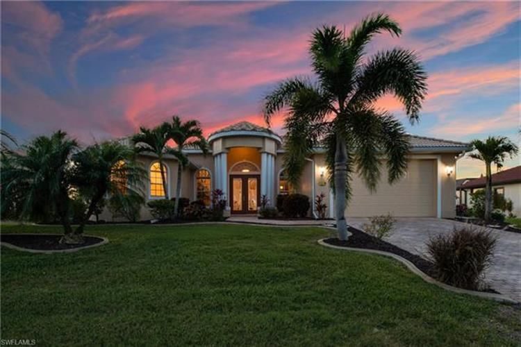 2422 NW 3rd PL, Cape Coral, FL 33993