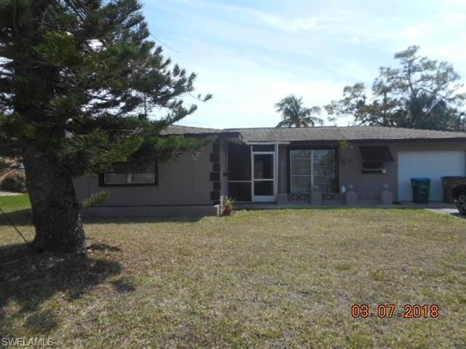 236 SE 46th ST, Cape Coral, FL 33904