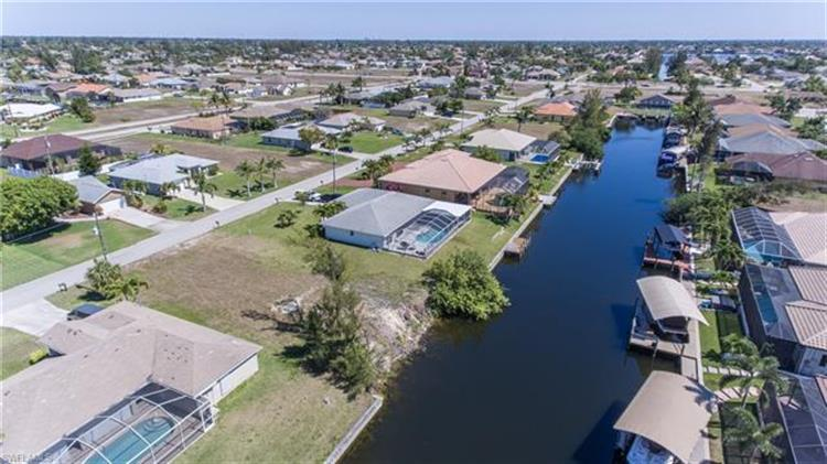 1724 SW 43rd ST, Cape Coral, FL 33914