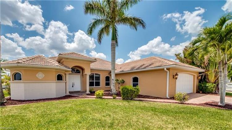 3504 NW 4th ST, Cape Coral, FL 33993