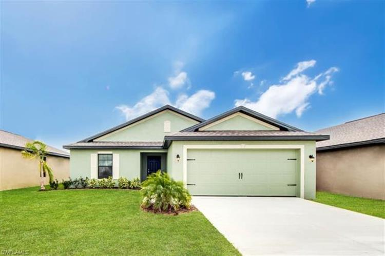 728 Evening Shade LN, Lehigh Acres, FL 33974