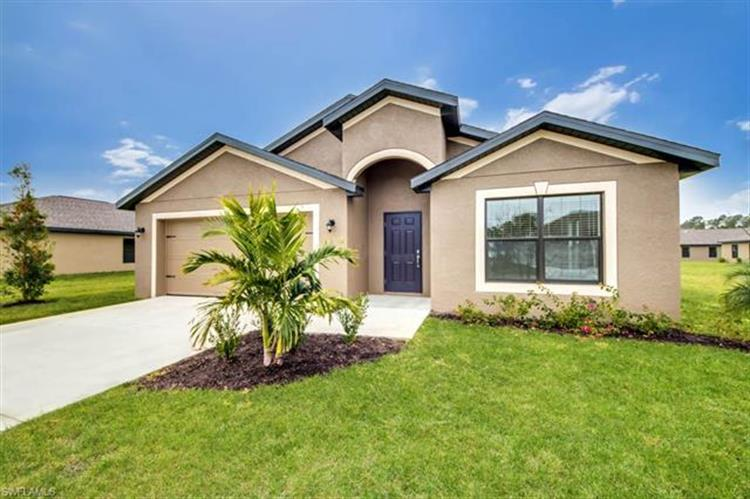 736 Evening Shade LN, Lehigh Acres, FL 33974