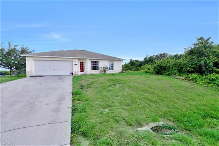 3111 6th ST SW, Lehigh Acres, FL 33976