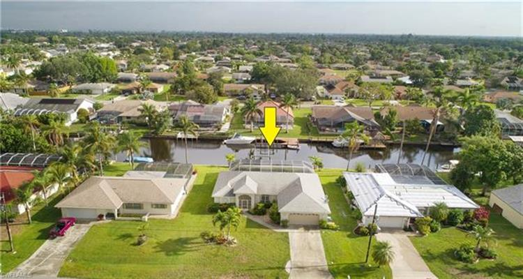 2123 SE 15th ST, Cape Coral, FL 33990
