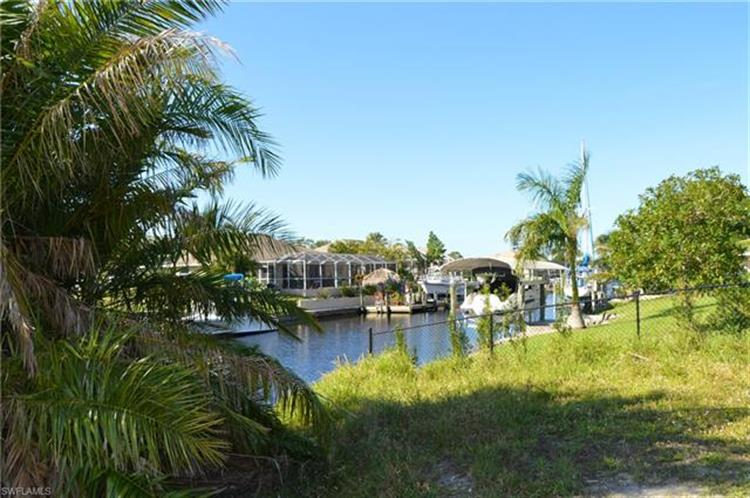 1976 Coral Point DR, Cape Coral, FL 33990