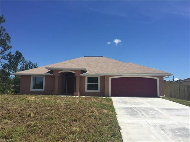 3504 6th ST SW, Lehigh Acres, FL 33976