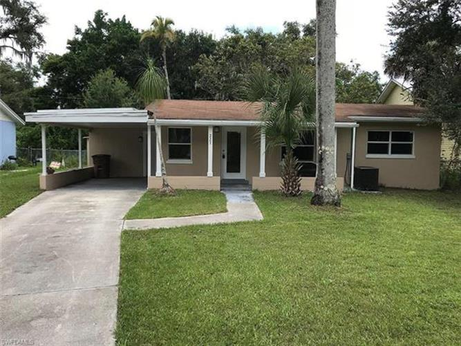 227 Avacado CT, Fort Myers, FL 33905