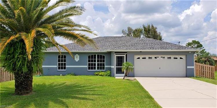 217 Des Cartes ST, Fort Myers, FL 33913