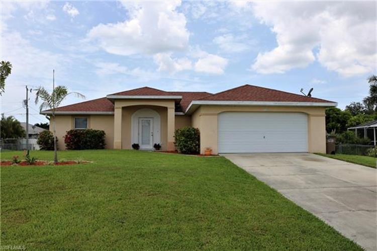 2948 SW 7th AVE, Cape Coral, FL 33914