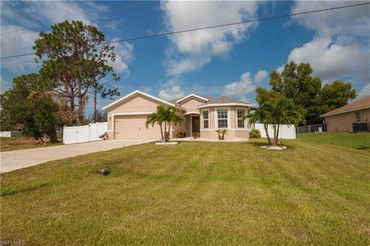 2220 SW 19th PL, Cape Coral, FL 33991 - Image 1