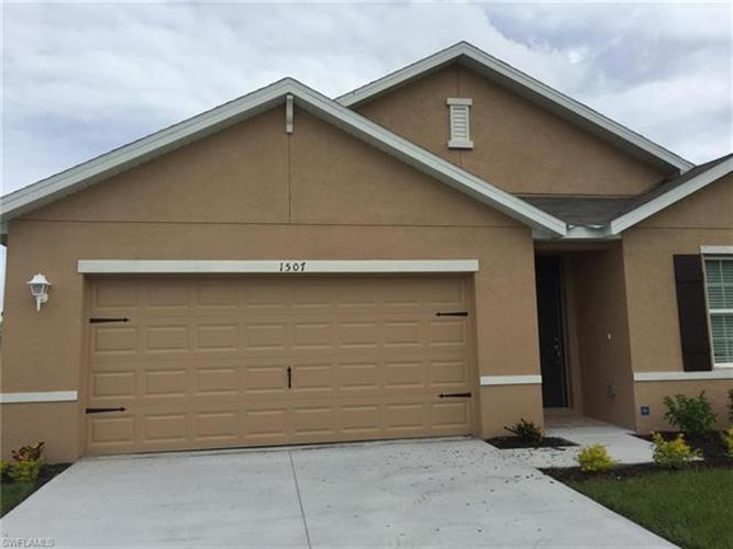 1507 SW 38th TER, Cape Coral, FL 33914