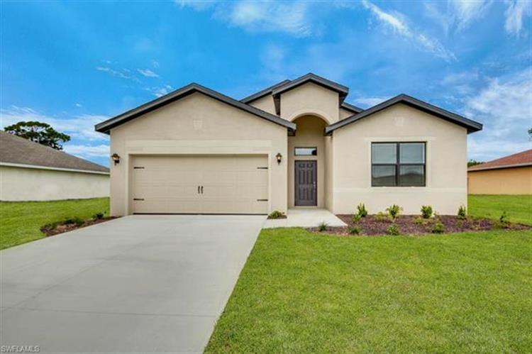 926 SW 32nd TER, Cape Coral, FL 33914