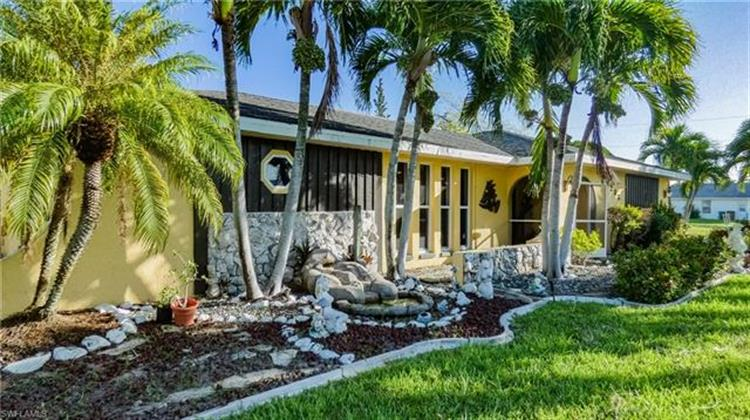 2233 SE 26th ST, Cape Coral, FL 33904