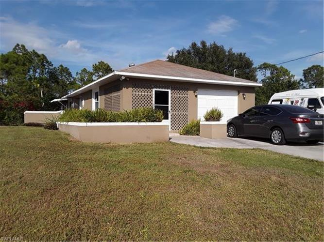 4616 28th ST SW, Lehigh Acres, FL 33973 - Image 1