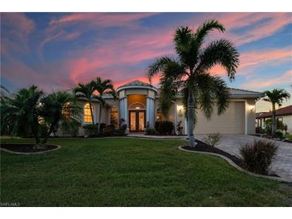 2422 NW 3rd PL, Cape Coral, FL