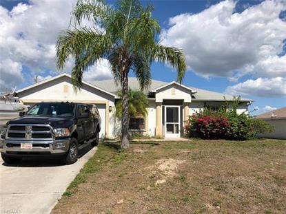121 John AVE S, Lehigh Acres, FL