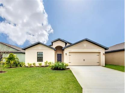 418 Shadow Lakes DR, Lehigh Acres, FL