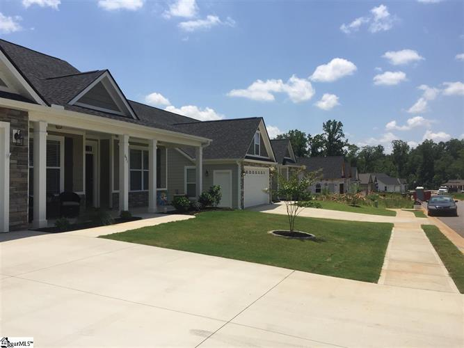 8 Marshfield Trail, Simpsonville, SC 29680