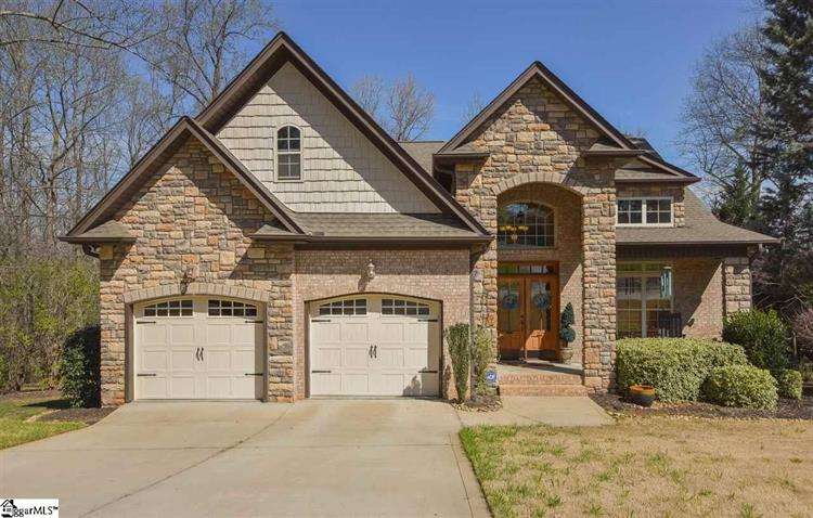 104 Park Hill Drive, Greer, SC 29651