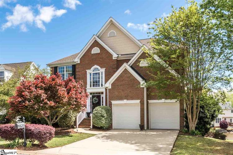 19 Lake Valley Court, Simpsonville, SC 29681