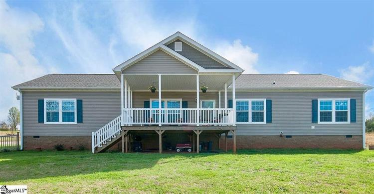 214 Flint Hill Drive, Pickens, SC 29671