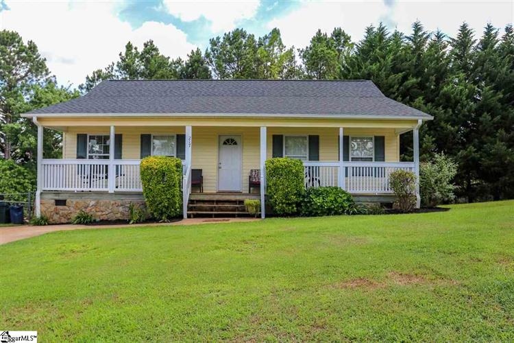 217 Lakewood Drive, Pickens, SC 29671