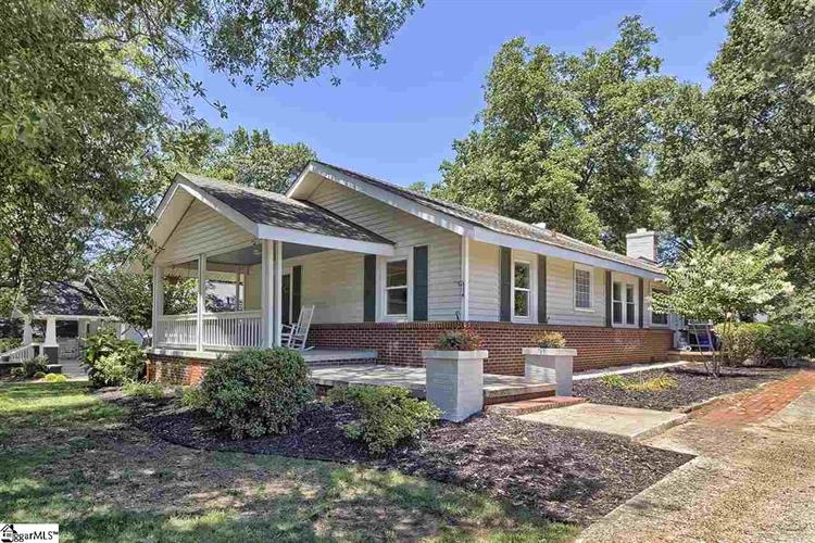 13 Beechwood Avenue, Greenville, SC 29607