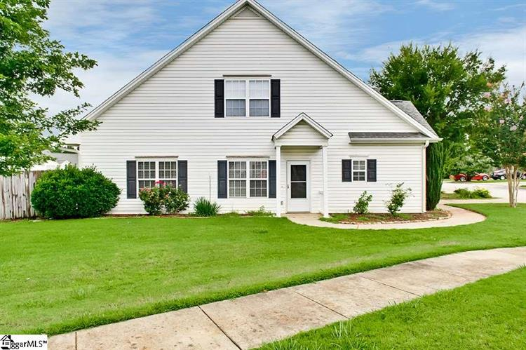 382 Still Water Circle, Boiling Springs, SC 29316
