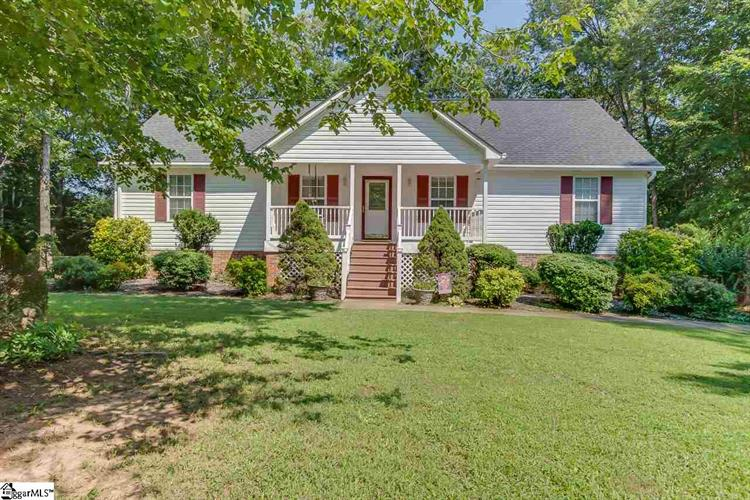 202 N Songbird Lane, Travelers Rest, SC 29690