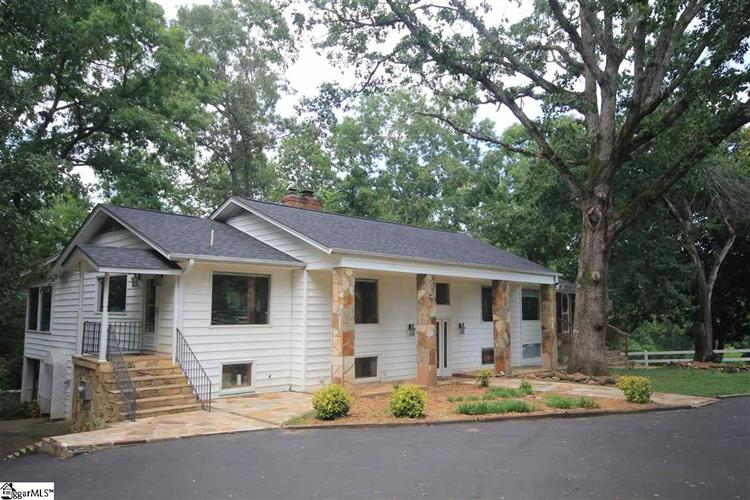 2600 Six Mile Highway, Central, SC 29630