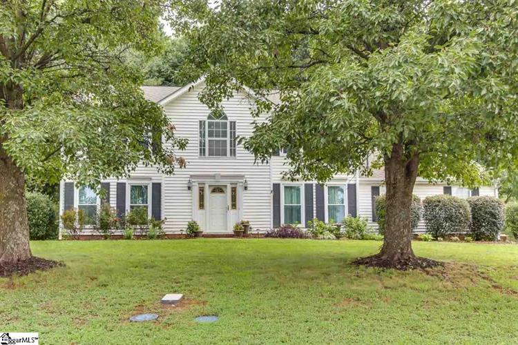 405 Waters Edge Drive, Greenville, SC 29609