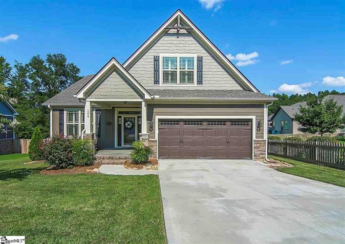 104 Brierfield Way, Fountain Inn, SC 29644