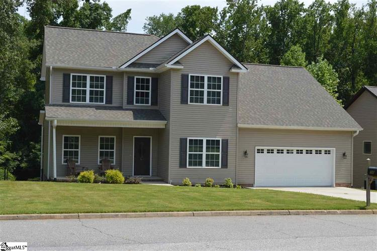 160 Fox Run Circle, Greer, SC 29651