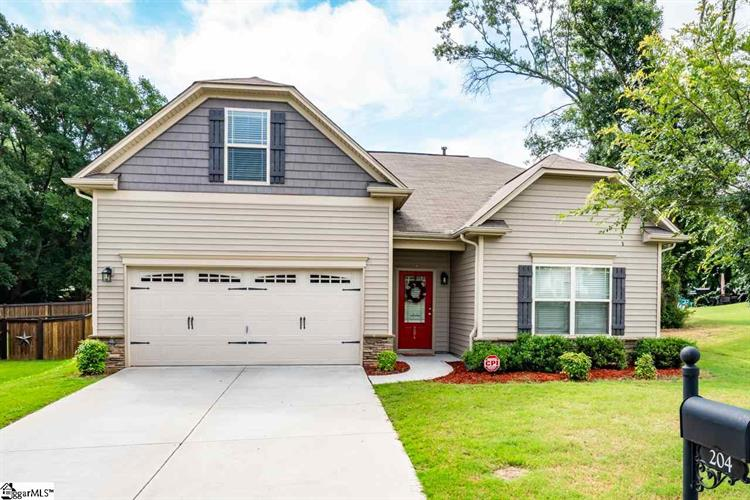 204 Applehill Way, Simpsonville, SC 29681